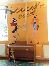 Školní klavírek